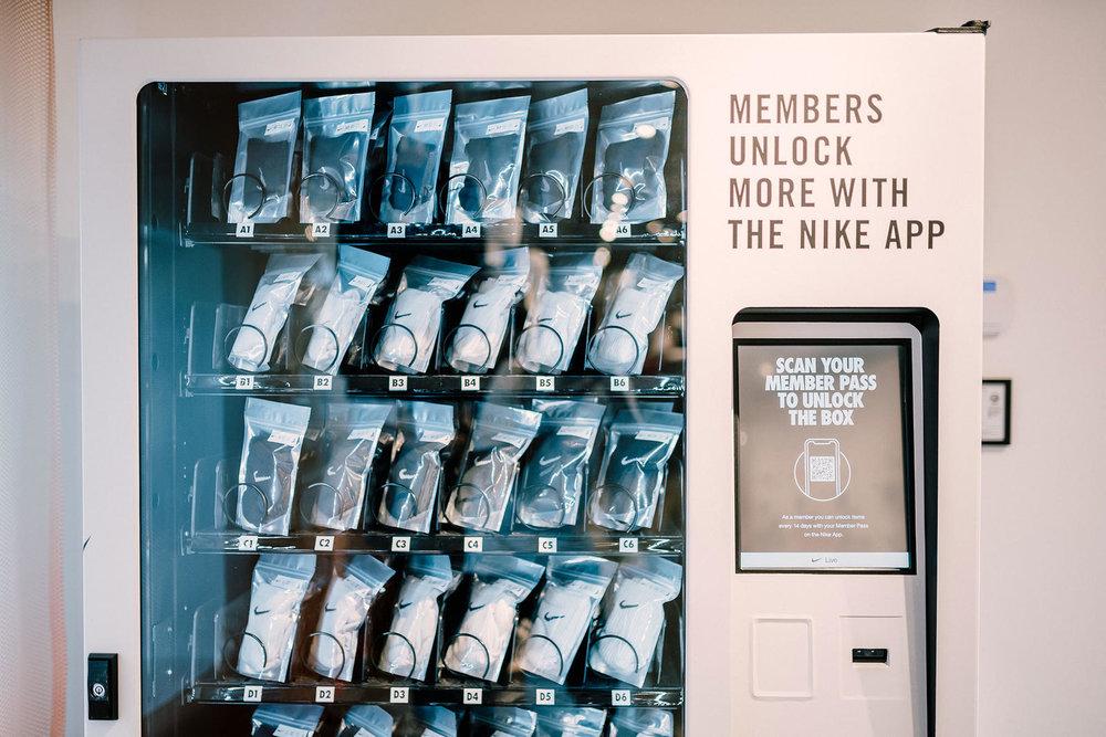 NikeLive_Melrose_NikePlus_Unlock_Box_1_native_1600.jpg