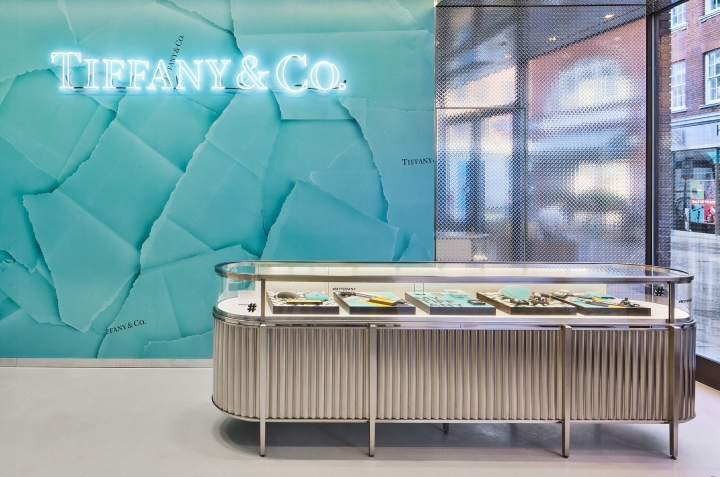 tiffany--co-opens-covent-garden-store--1531376754-0.jpg