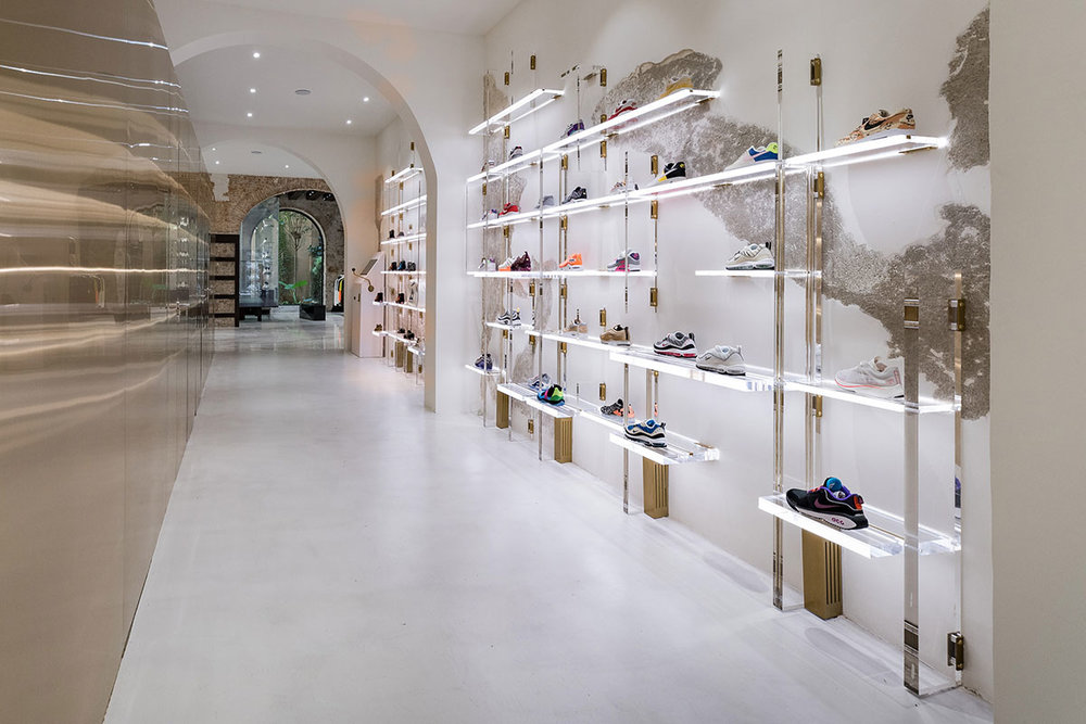 foot-district-new-store-barcelona-11.jpg
