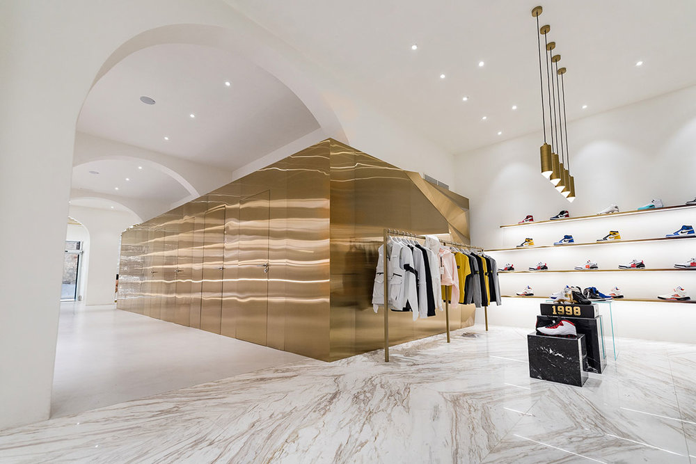 foot-district-new-store-barcelona-15.jpg