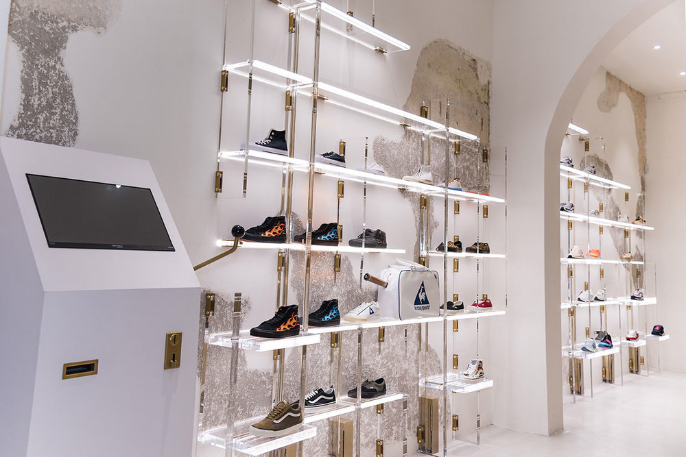 foot-district-new-store-barcelona-19.jpg