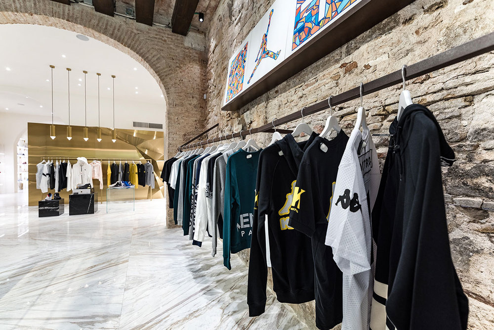 foot-district-new-store-barcelona-02.jpg
