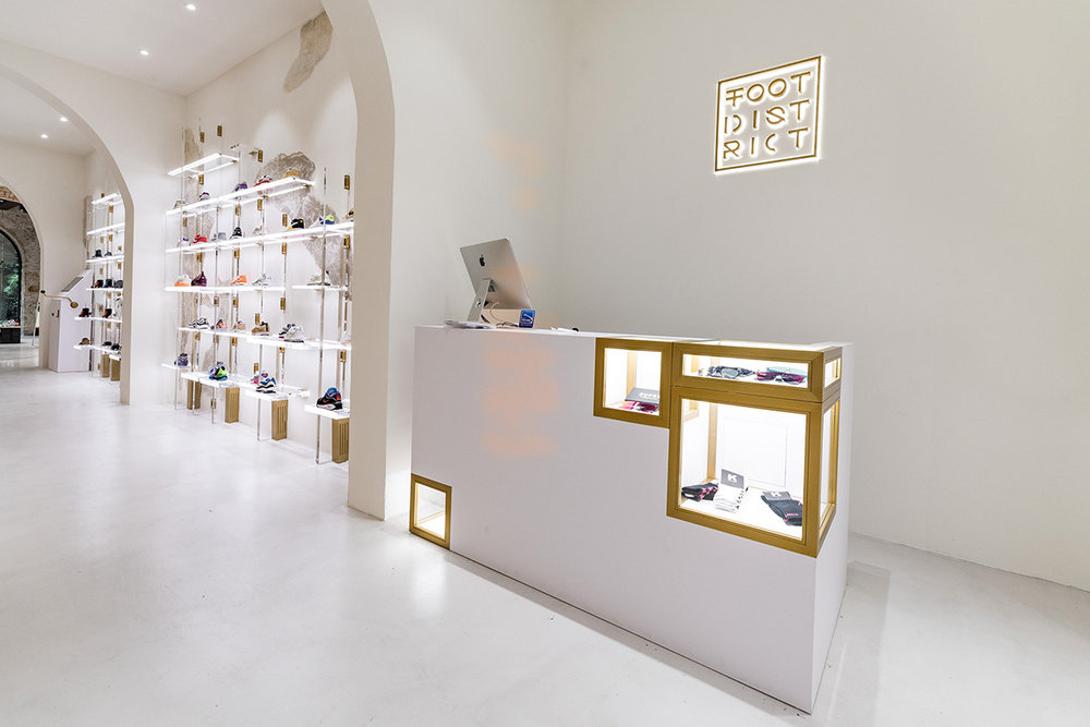 foot-district-new-store-barcelona-01.jpg