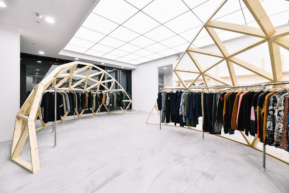 https---hypebeast.com-image-2018-11-invincible-shanghai-store-opening-wacko-maria-12.jpg