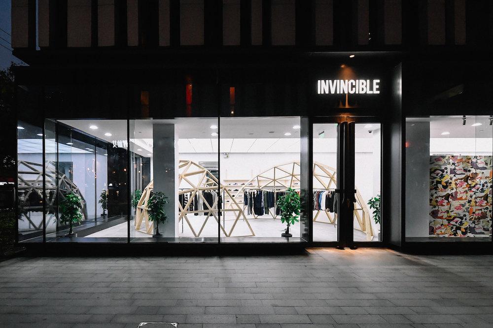 https---hypebeast.com-image-2018-11-invincible-shanghai-store-opening-wacko-maria-14.jpg