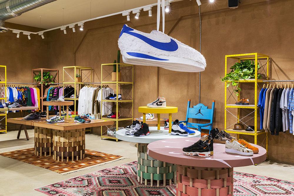 sneakernstuff-los-angeles-store-13.jpg
