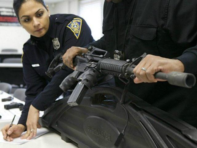 police-register-assault-weapon-rifle-Reuters-640x480.jpg