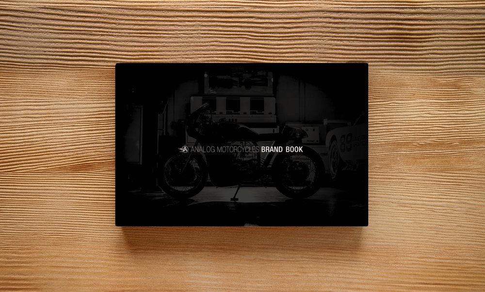 analogbrandbookmockup_1.jpg