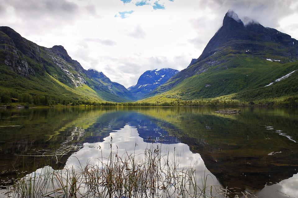Norway hiking 06.jpg