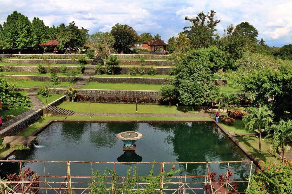 Lombok Short Escape Lingsar 2.jpg