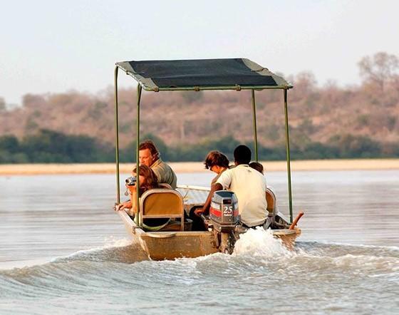 Tanzania Selous boat.jpg