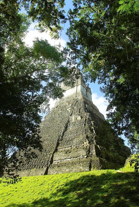 Guatemala Maya 6 tikal.jpg