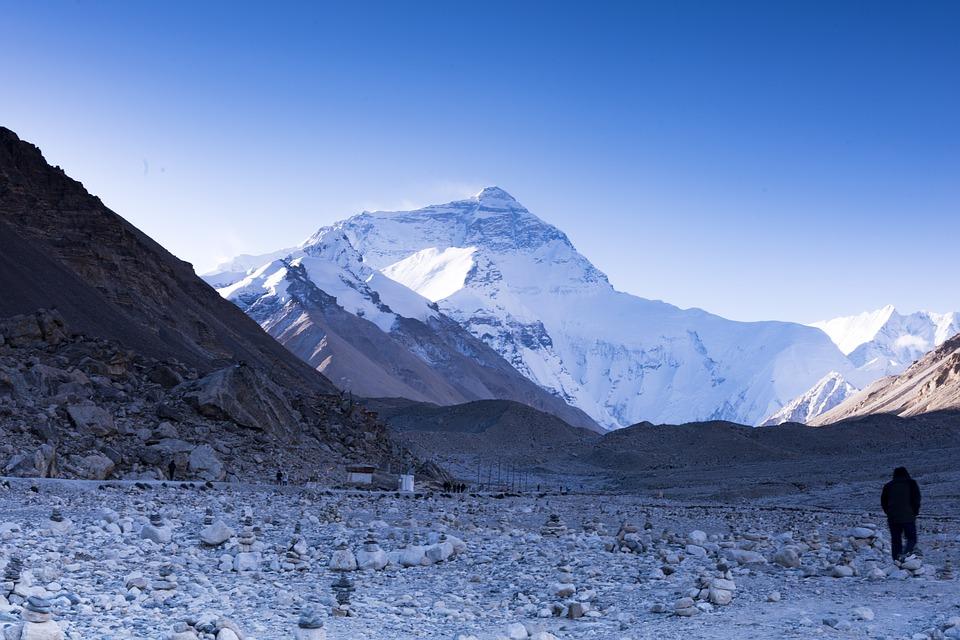 Everest 2.jpg