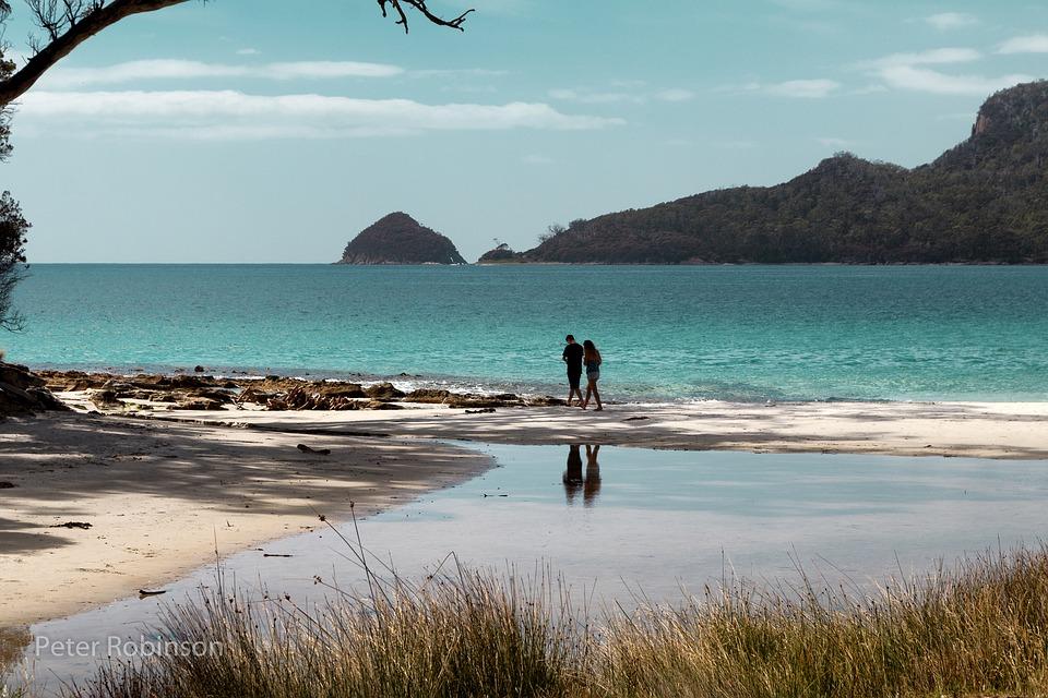 Tasmania beach.jpg