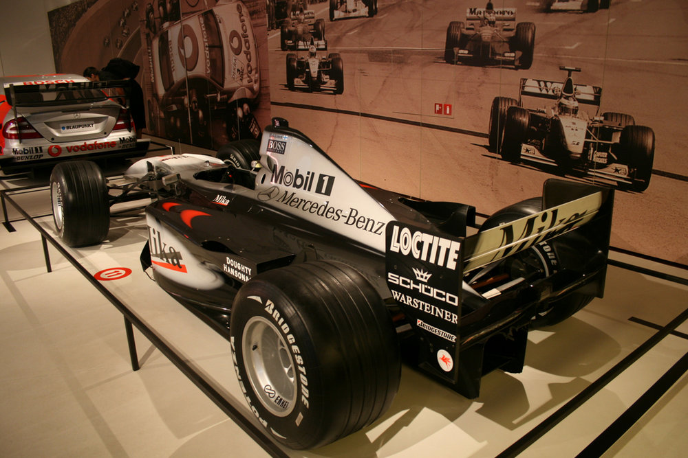 TENTOONSTELLING PASSION FOR RACING — MERCEDES HOUSE BRUSSEL