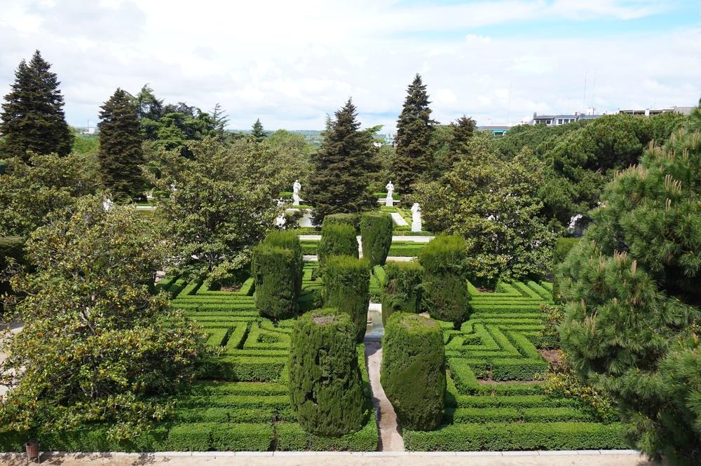 Sabanti Gardens