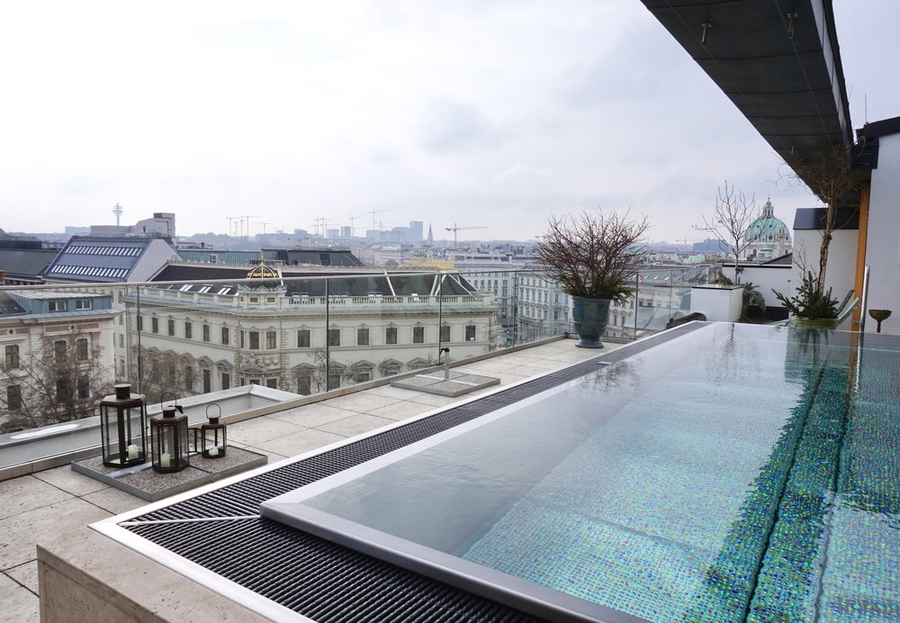 Vienna-Grand-Ferdinand-pool
