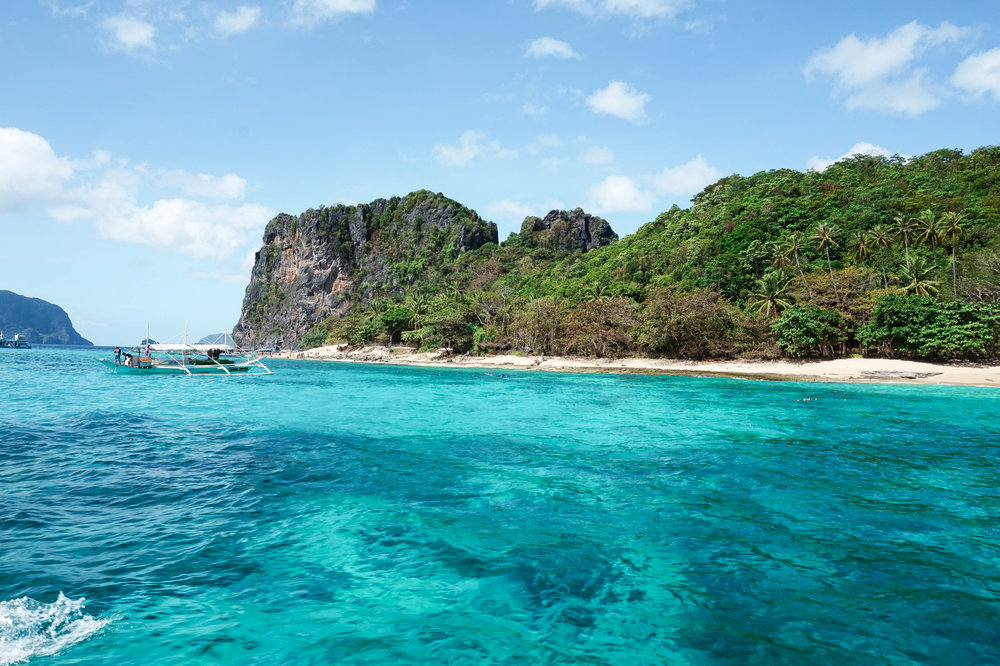 Philippines-Helicopter Island