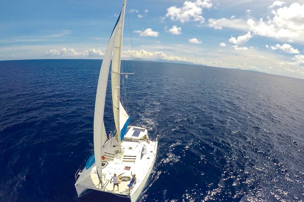 Sailing to Huahine .jpg