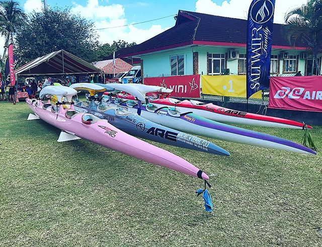 "Check out a couple of these weapons that just arrived for the 2018 Hawaii Nui Va'a event.  In a couple days over 130 of these six man/women va'as(canoes) from all over the world will line up for the start of a three day, three stage, 129 km race that is dubbed the ""super bowl"" of French Polynesia 🇵🇫! #canoe #va'a #frenchpolynesia #race #superbowl"