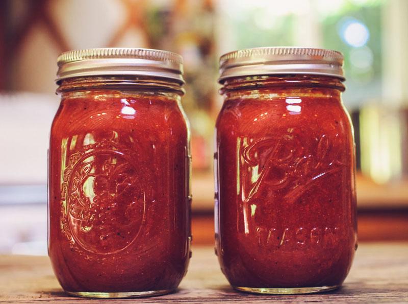 BBQ-Sauce-Mason-Jar.jpg