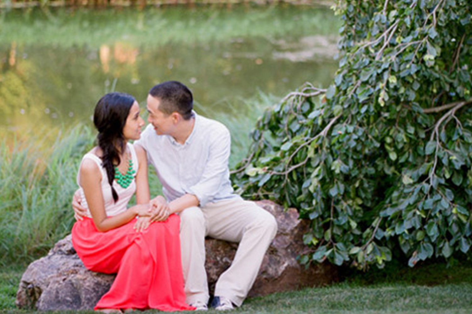 A Chicago Botanic Garden Engagement Session Engaging Events