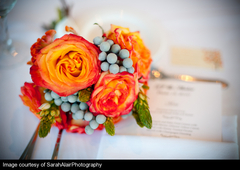 elegant-flowers-bouquets-berries-engaging-events-by-ali.jpg