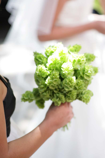 green-bouquet-chicago-weddings-engaging-events-by-ali.jpg
