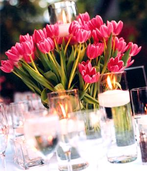 tulip-center-pieces-spring-chicago-engaging-events-by-ali.jpg