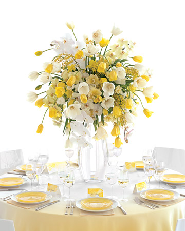 tall-center-pieces-elegant-chicago-engaging-events-by-ali.jpg