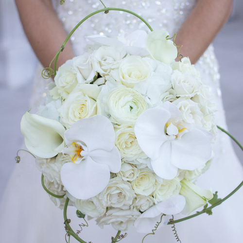 flowers-wedding-planning-coordinator-stunning-bouquets-engaging-events-by-ali-10twelve.jpg