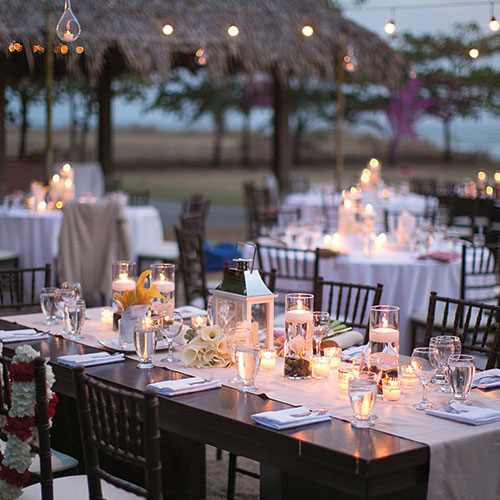 appetitizers-wedding-trends-destination-wedding-polanning-engaging-events-by-ali-10twelve.jpg
