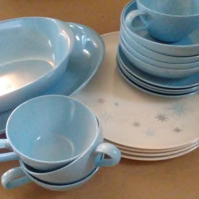 New Today at Thistle - Vintage Lennox Ware - Sky Blue Atomic! Service for four, plus two serving pieces #LenoxWare #atomic #camper #picnic #Thistle #KC_Thistle.net