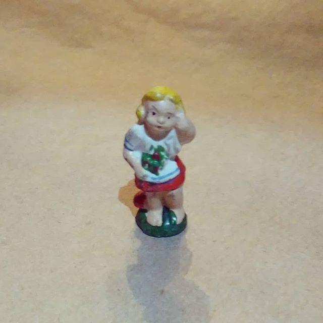Tiny vintage German figure. #tiny #German #Germantoy #toy #kcthistle.net
