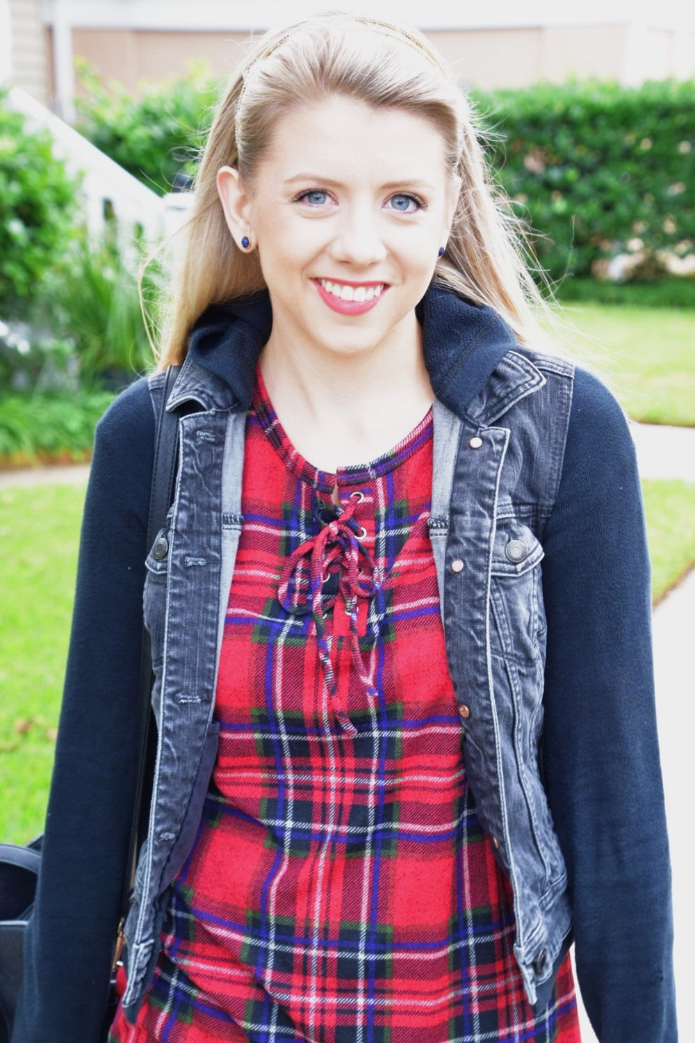 Houston Fashion Blogger - Shop PinkBlush - Plaid Shirt (6).JPG