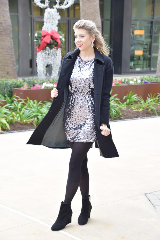 Houston Fashion Blogger - Christmas Holiday Party Dress - Shop PinkBlush - Wander Dust Blog (1).jpg