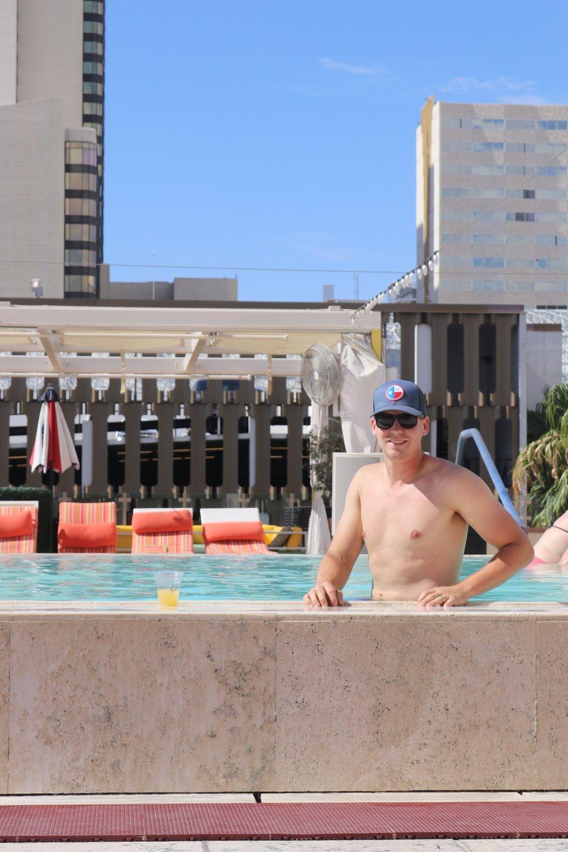 15 Things to do in Las Vegas - Blogger Sarah J - Las Vegas Travel Guide - Top Travel Blogger (10).JPG