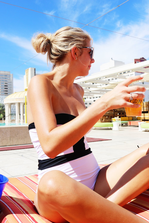 15 Things to do in Las Vegas - Blogger Sarah J - Las Vegas Travel Guide - Top Travel Blogger (3).JPG