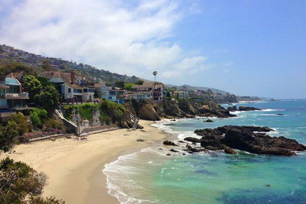 Photo of Laguna Beach coast from visitlagunabeach.com