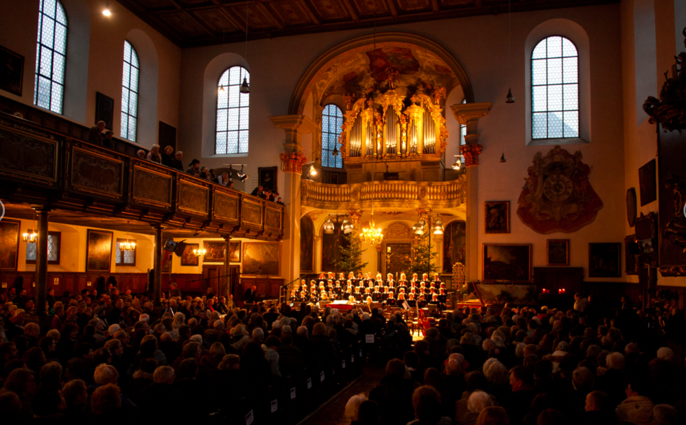 Handel Messiah In September 2019 - February 09 | 2019Following a successful debut at the Frauenkirche in Günzburg, Matthew Swensen reunites with the Augsburger Domsingknaben and the Residenz Kammer Orchester München for another performance of Handel's Messiah, in the Heilgegeist Kirche of Augsburg.