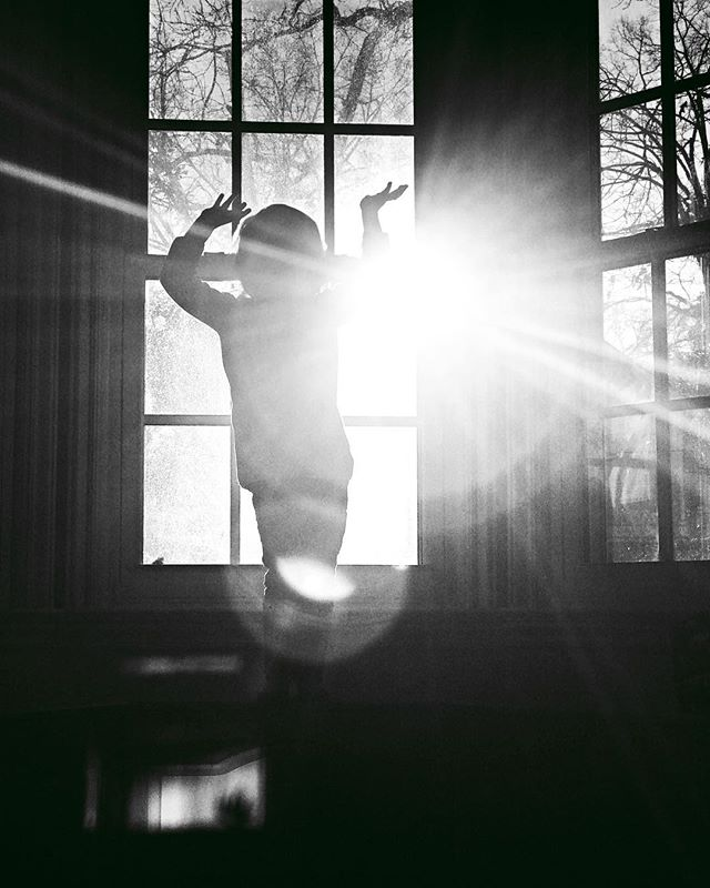 Dance party in the bay window!! . . . . #marymargaretchamblissphotography #marymargaretchambliss #lovethefrogoffs #documentyourloves #childhoodunplugged #winter #cabinfever