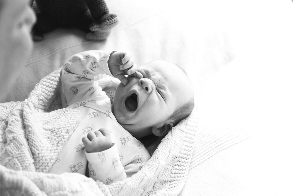 baby-boy-black-and-white-photography-by-sissela