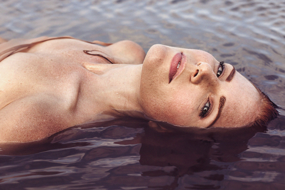 Model: Amy Halldin