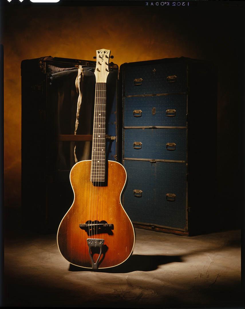 Lloyd Loar Vivitone Guitar