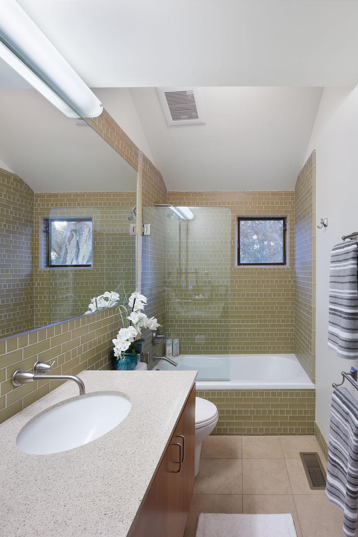 Middle Bath