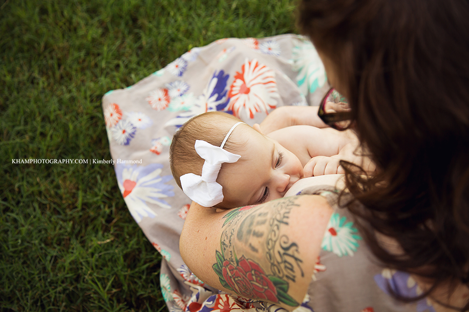 DFW Breastfeeding photographer, dfw lifestyle photography, breastfeeding