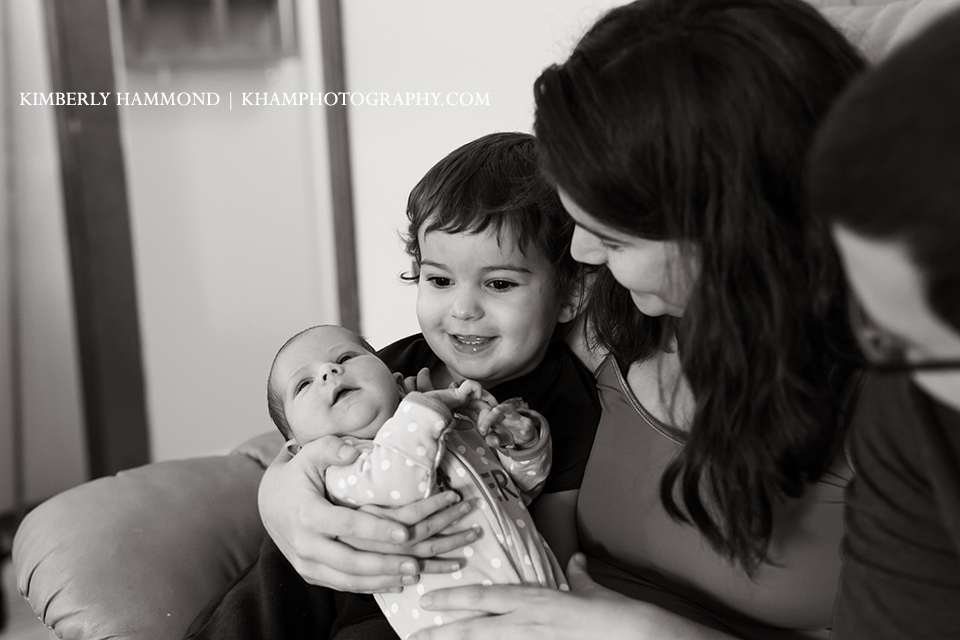 dfw photography, dfw birth photography, newborn lifestyle sessions, siblings photography