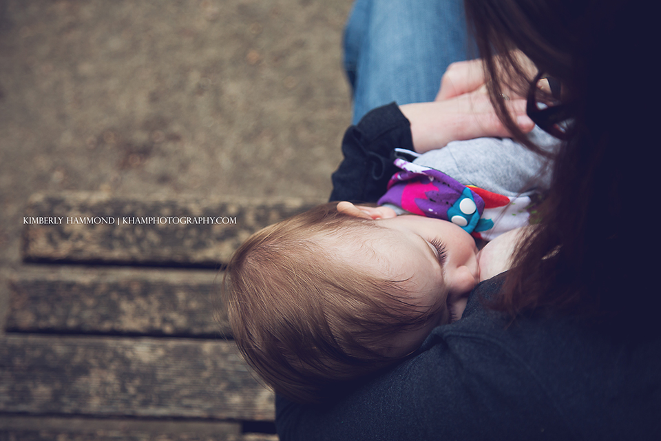 DFW family lifestyle photography, Breastfeeding photography, DFW Breastfeeding photographer, Fort Worth Zoo, Babywearing photography