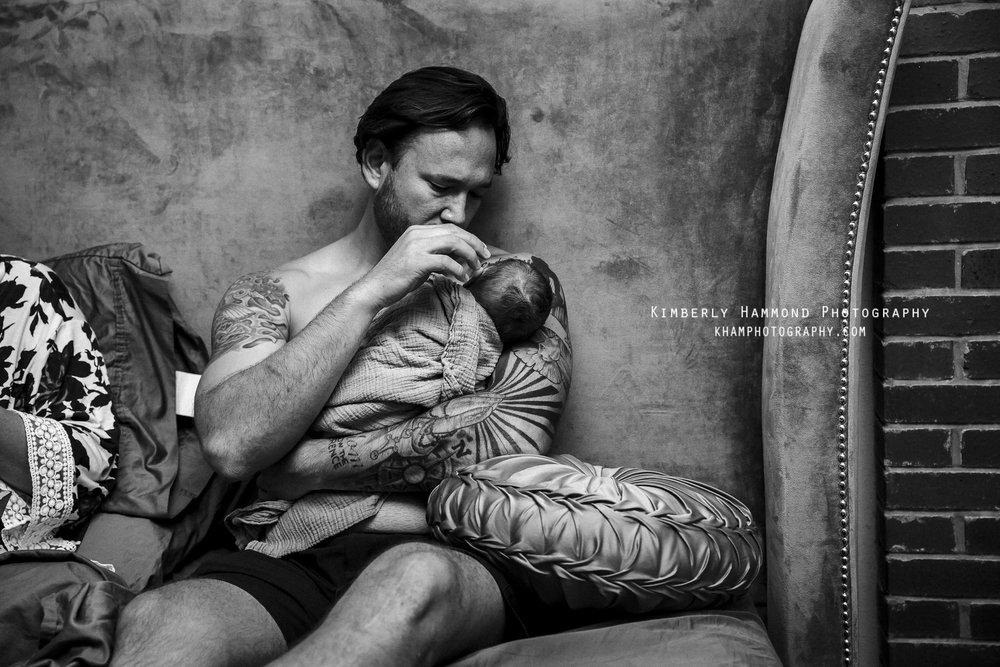 dfw birth photographer, fort worth birth photographer, fort worth birth photography, fort worth birth center, natural birth