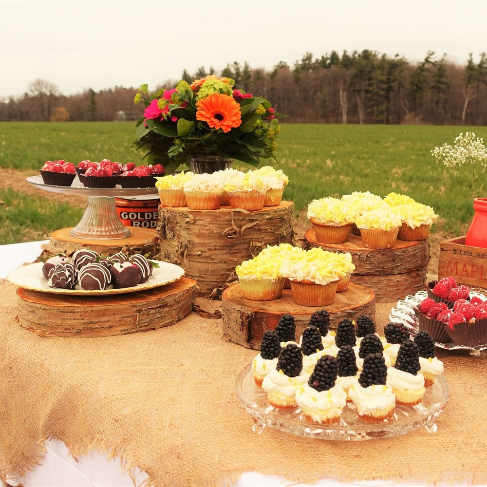 dessert tble 1.jpg